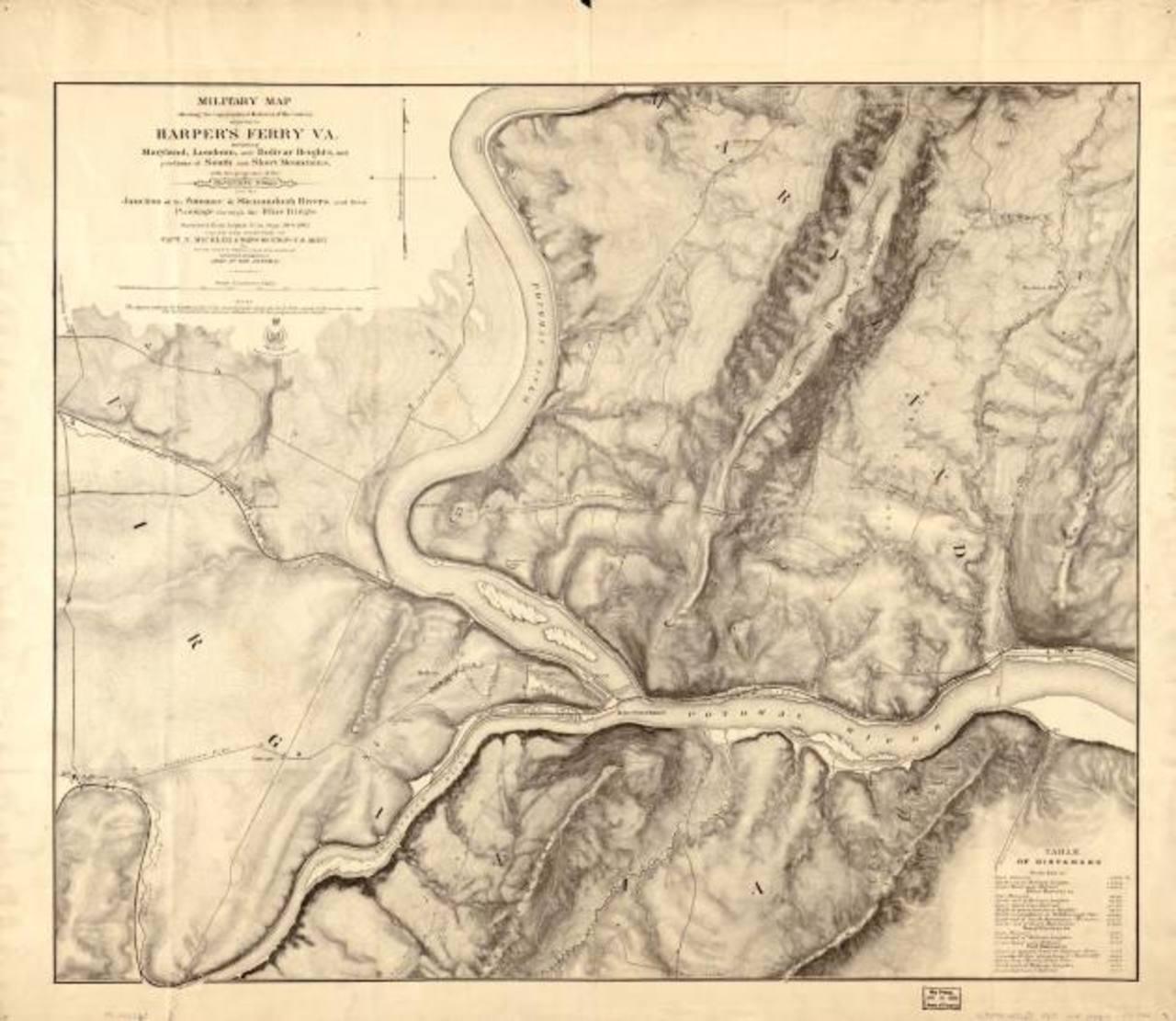 Mapa militar del lugar conservado en la Biblioteca del Congreso de Estados Unidos, en Washington.Soldados federados hacen una demostración a los visitantes del armamento utilizado en la Guerra Civil.Documentos que describen la importancia de Hapers F