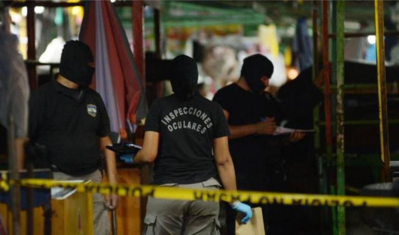Asesinan a vigilante de un restaurante de la Juan Pablo II