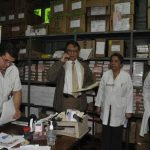 Mauricio ventura, director del hospital nacional Rosales, en la farmacia central del establecimiento. El médico continúa al frente de ese centro de salud pública. Foto EDH / archivo