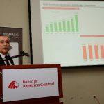 Ernesto Castegnaro, CEO de BAC, estuvo en el país la semana pasada. foto edh