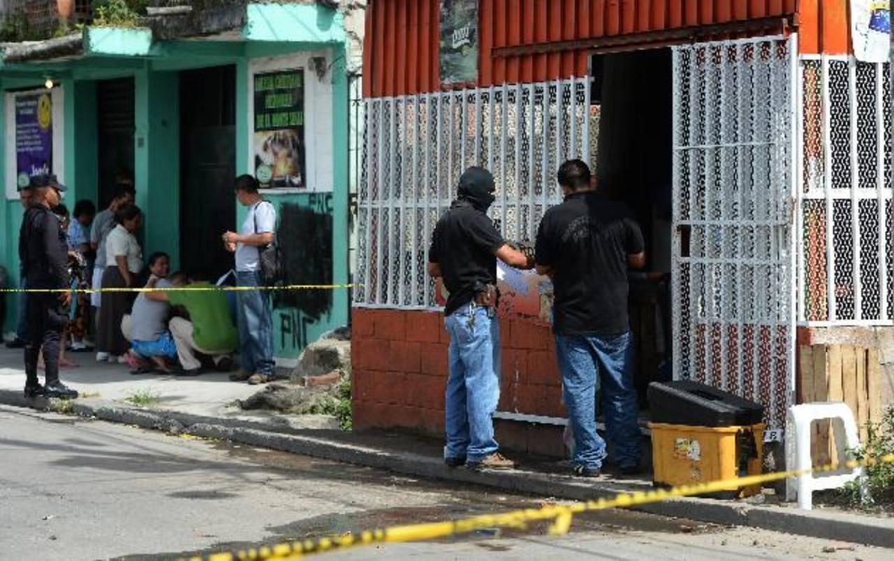 Napoleón Alirio Henríquez fue ultimado en su negocio en la colonia Delicias del Norte en Mejicanos foto edh / Jaime anaya