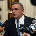 84 viajes realizó el expresidente Funes durante su gobierno, según El Faro