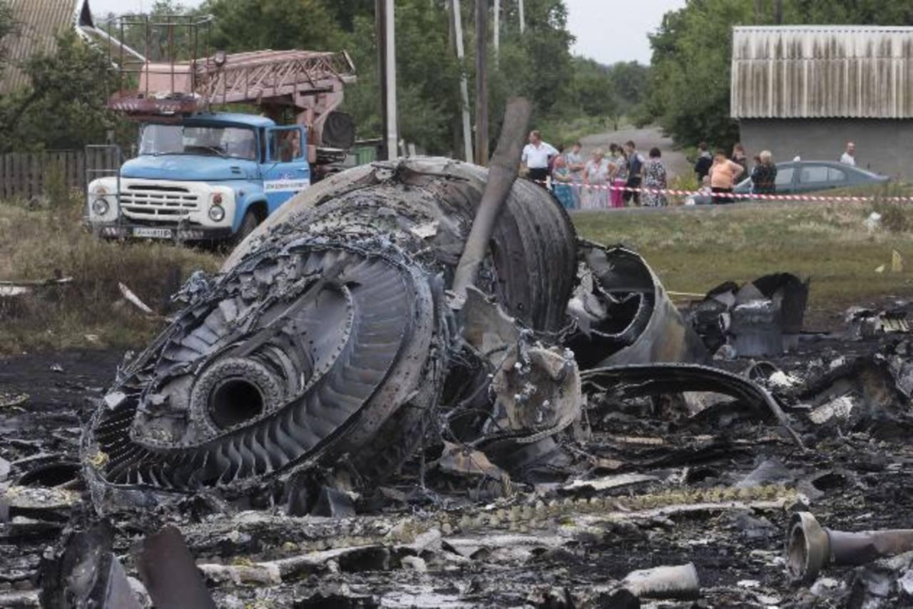 Difunden video de la caída del avión de Malaysia Airlines