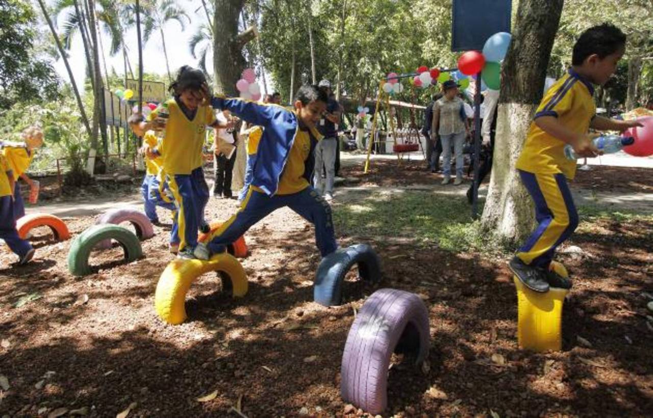 Zona De Juegos Del Parque Saburo Hirao Es Remodelada Elsalvador Com