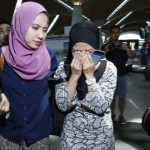 Familiares buscan información sobre víctimas del avión de Malaysia Airlines