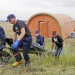 Recolectan ADN para identificar víctimas de avión derribado en Ucrania