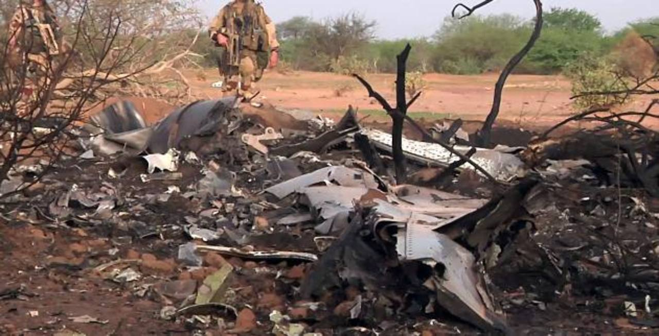 Fotos: Avión siniestrado en Mali se desintegró en una zona de nueve hectáreas