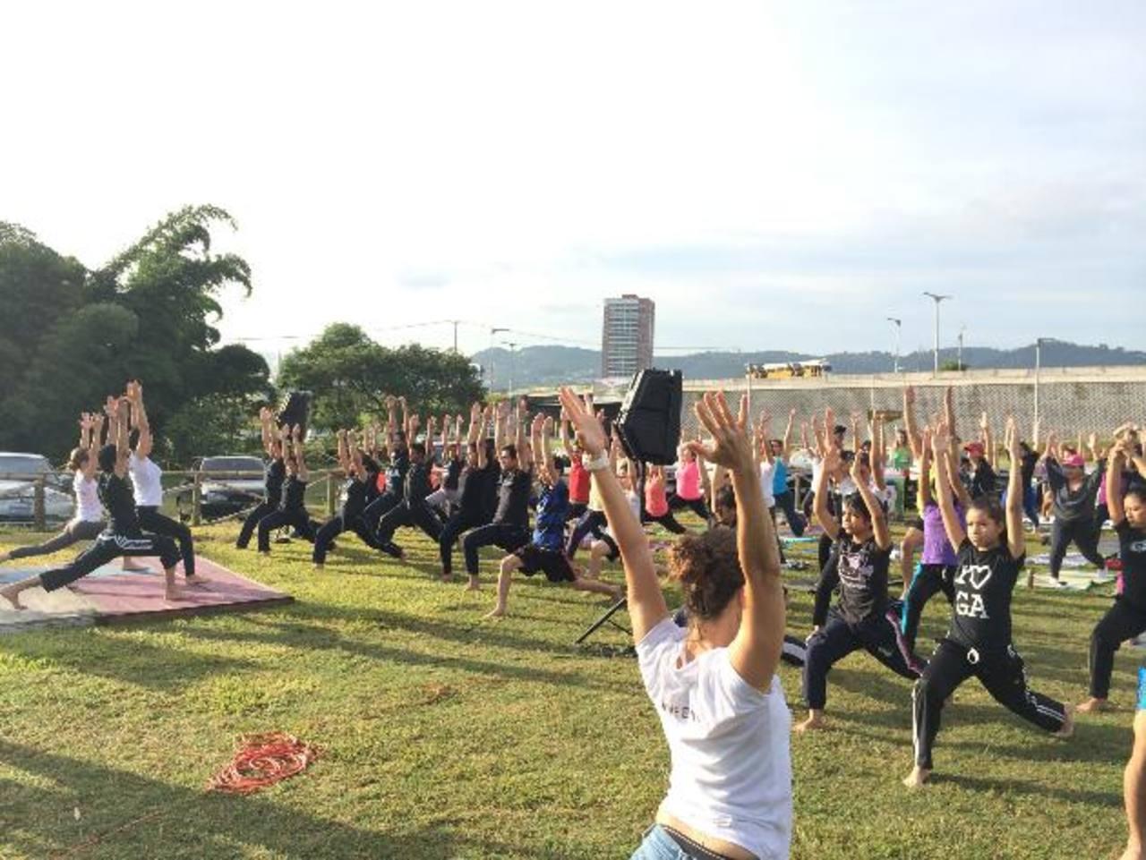 Yoga para Todos también se lleva a cabo todos los sábados a las 9:30 de la mañana, en Yogashala. Más información en sitio web: yogashala.com.sv. Fotos cortesía Yogashala