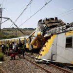 Al menos 80 heridos leves por colisión de trenes en Sudáfrica
