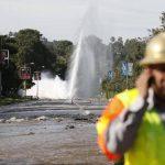 Acueducto roto inunda partes de universidad en EE.UU.