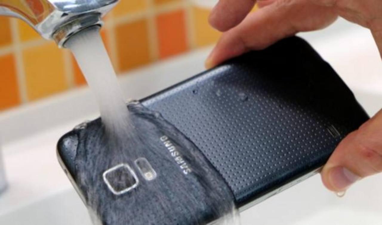El Galaxy S5 mini será resistente al agua y al polvo. Funcionará con el sistema operativo Android 4.4.2.