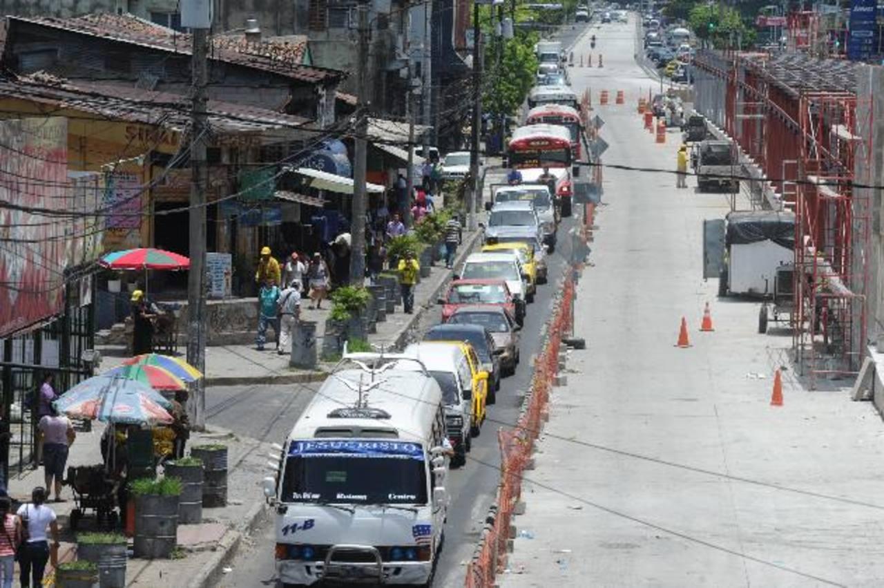 Fovial informó que las labores de mantenimiento sobre la Alameda Juan Pablo II se desarrollarán por tramos para no afectar la circulación vehicular.