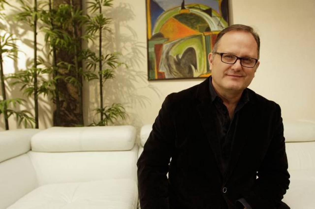 """Marcos Witt llega a El Salvador con gira """"Sigue siendo de Dios"""""""