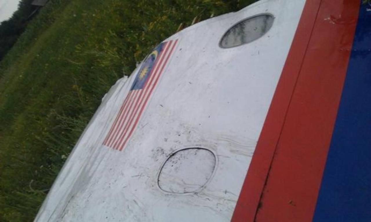 Supuesta pieza de avión derribado.