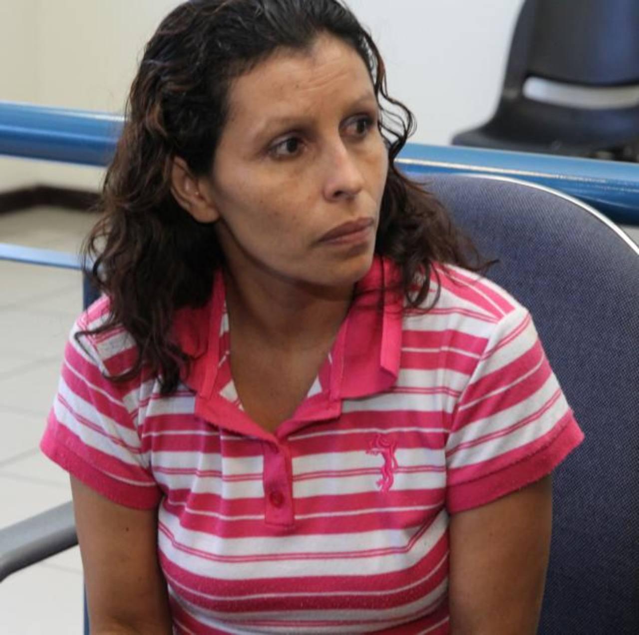Delmy Marisol Díaz, fue condenada a cinco años de cárcel por raptar un bebé en la unidad de salud de Apopa. Foto EDh / Cortesía