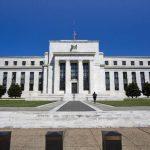Con la idea de activar la economía, la Fed recortó el monto de compra de bonos. Foto EDH/