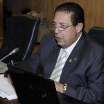 Asamblea paga primera cuota de sueldos caídos a Rodrigo Samayoa