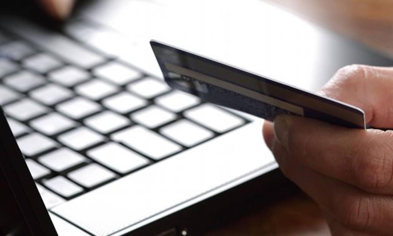 Aumentan compras en línea y también los riesgos
