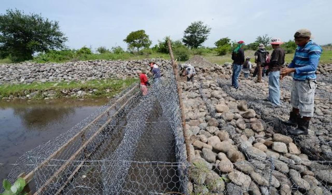 Realizan obras para mitigar riesgos en Ahuachapán