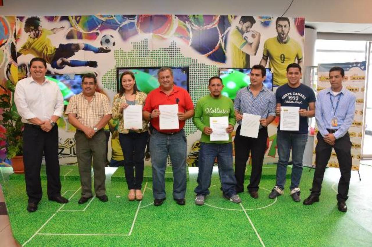Los cinco ganadores viajaron a Río de Janeiro para presenciar un encuentro de cuartos de final del Mundial de Fútbol Brasil 2014. Foto EDH / David Rezzio