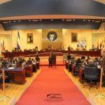 Madrugón de FMLN y Gana para aprobar paquete de impuestos
