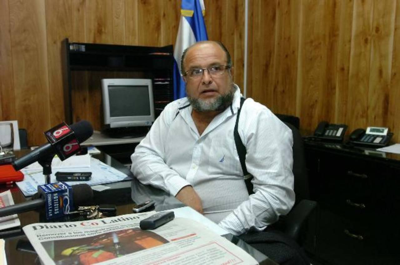 Gilberto Canjura Velásquez está buscando reelegirse en el cargo como magistrado electoral. Foto EDH / Archivo