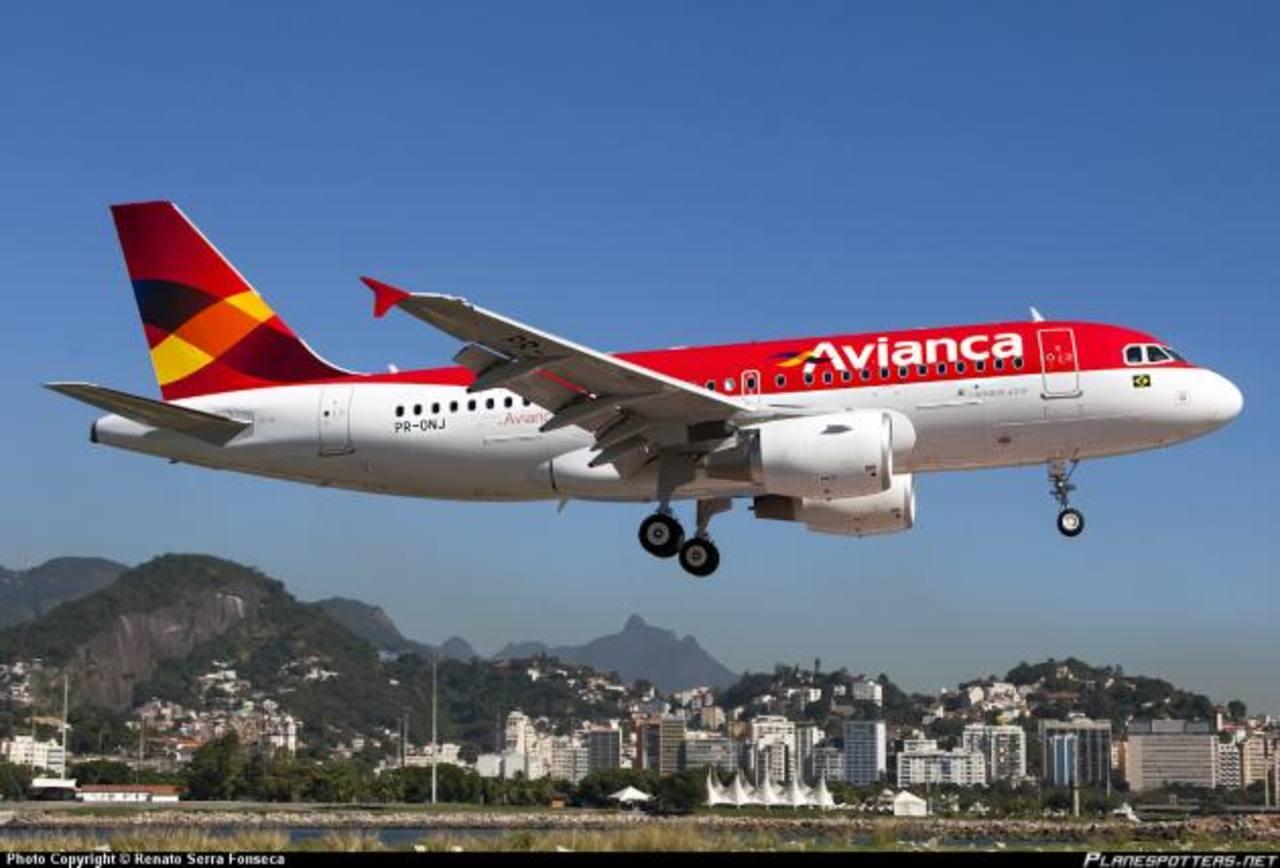 Los certificados de descuento aplicarán para vuelos de Avianca hacia diferentes destinos en el continente americano. Foto EDH / Archivo