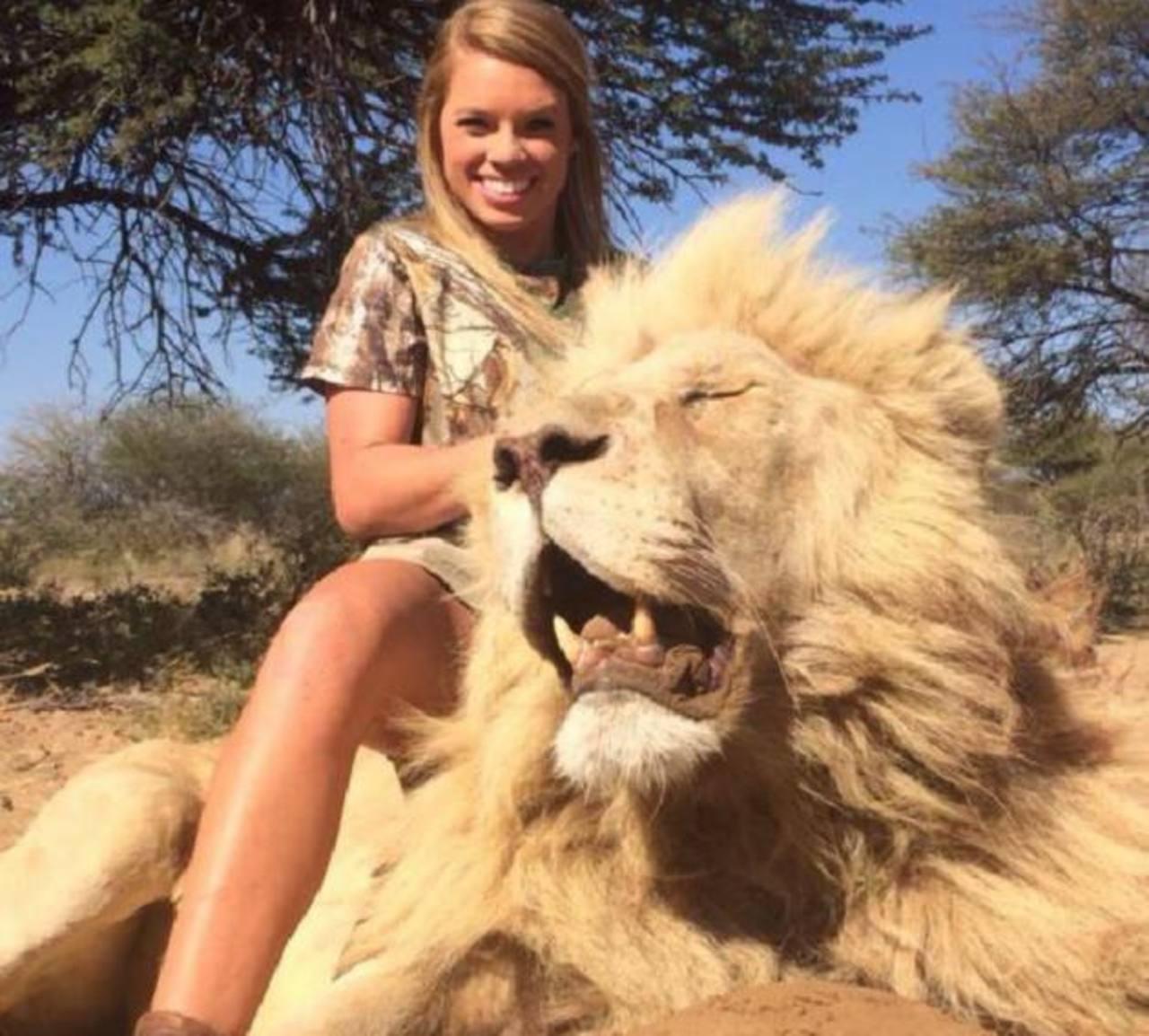 Chica mata animales y publica las fotos en redes sociales