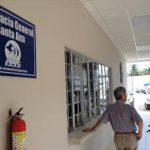 Detienen a encargada de farmacia del ISSS por presunto robo de 20 mil dólares