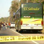 Días anteriores fue atacado otro bus en carretera a Comalapa.