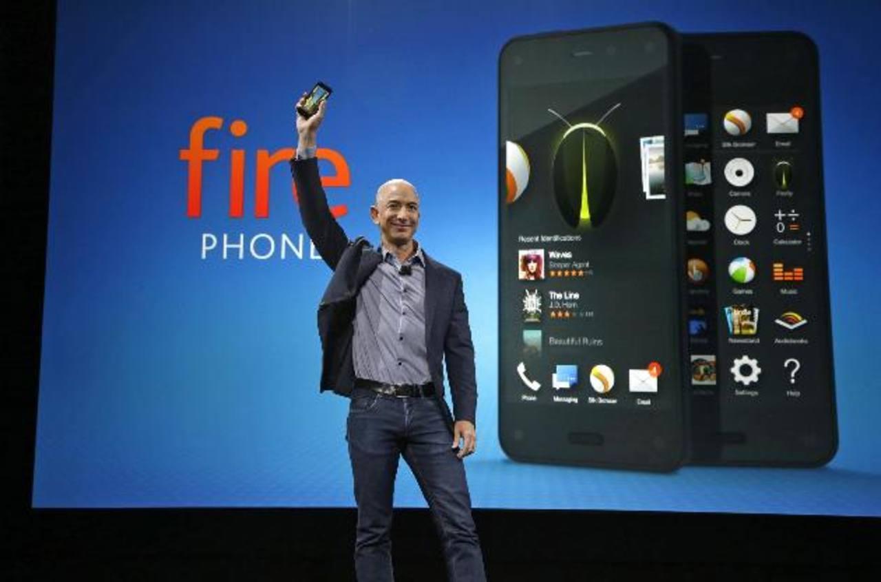 Jeff Bezos, fundador y director ejecutivo de Amazon, durante el lanzamiento del nuevo smartphone 'Fire'.