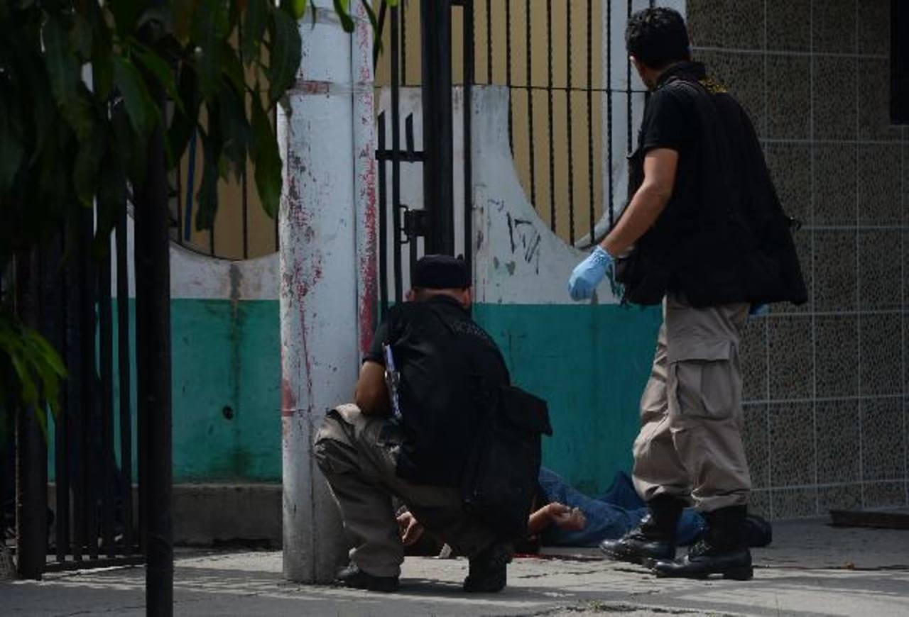 José Mario Bustamante fue ultimado de varios disparos. Foto EDH/Jaime Anaya