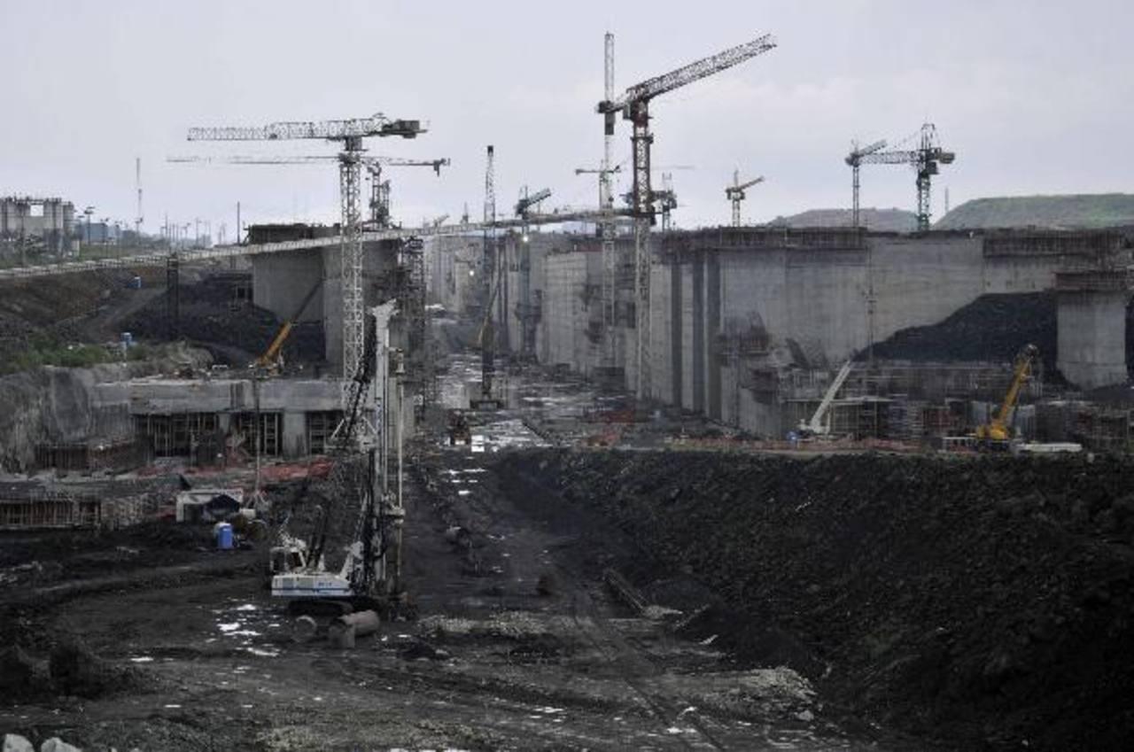 La tercera serie de esclusas debería comenzar a operar a partir de 2016, de acuerdo al administrador del canal.