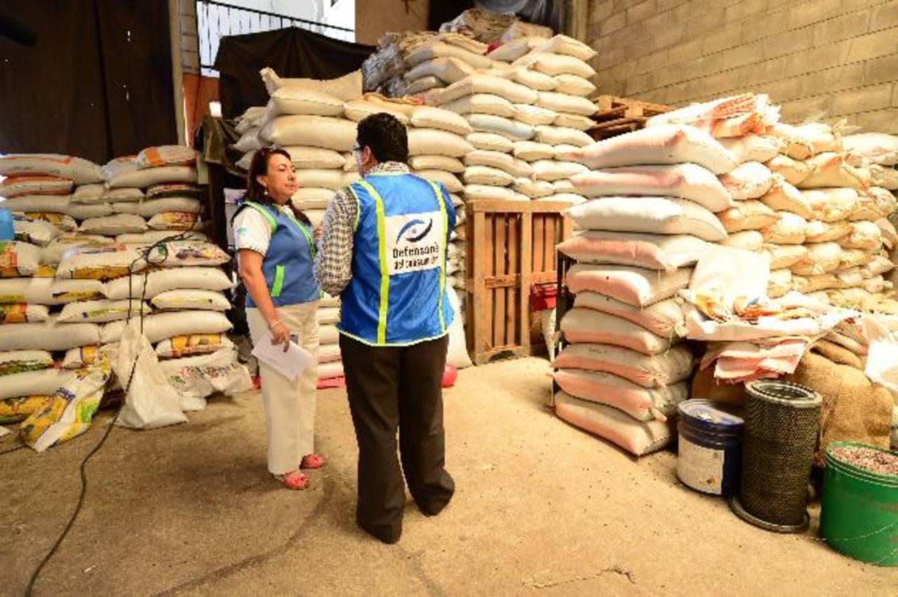 Las autoridades de la Defensoría del Consumidor no encontraron irregularidades en los puntos de distribución. Foto EDH / jorge reyes