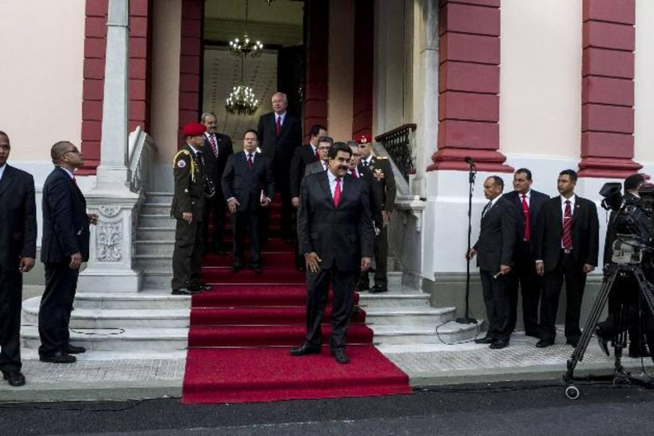 El gobierno de Nicolás Maduro es señalado de reprimir a los opositores durante las protestas en Venezuela. foto edh / EFE