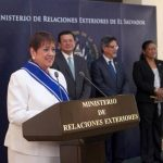 La embajadora Adriana Prado Castro agradeció al gobierno salvadoreño por la distinción otorgada. Foto EDH /Cortesía