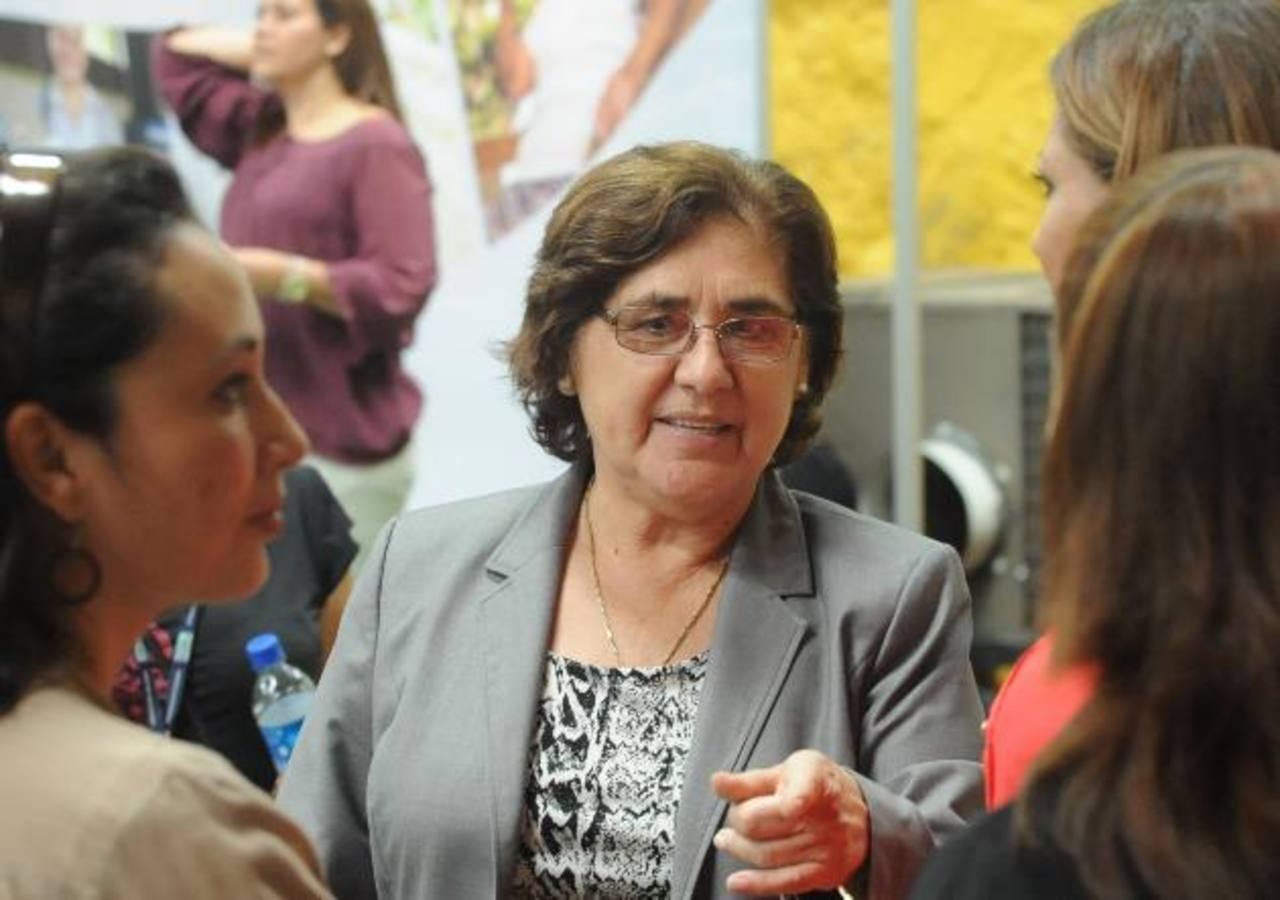 Alcaldesa Juana de Pacas buscará reelección en Mejicanos