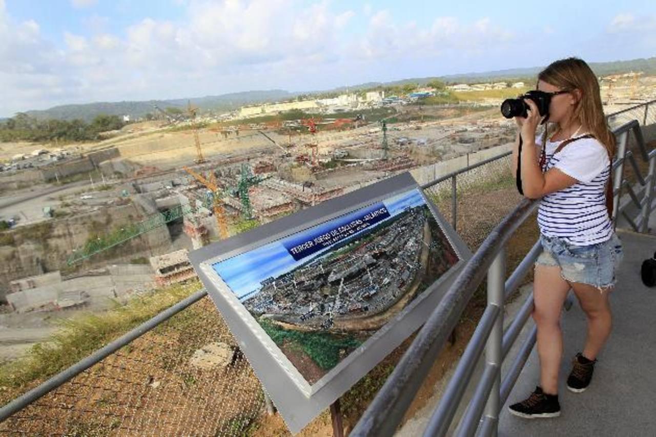 Con la ampliación, el Canal atraerá más inversiones y turismo, mejorando así la competitividad de Panamá. Foto EDH/archivo