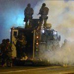 Autoridades de Ferguson piden a ciudadanos que se queden en casa al anochecer