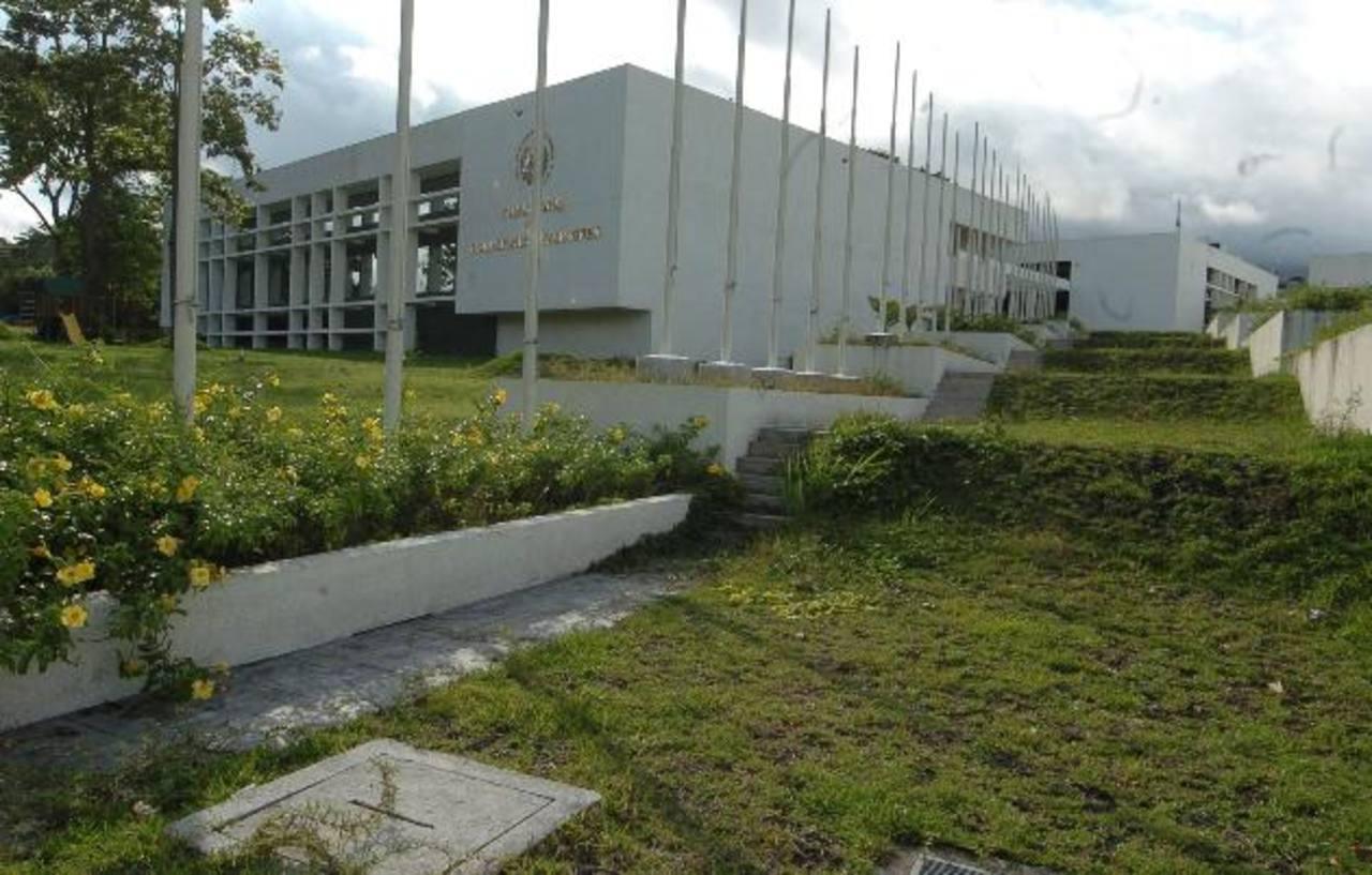 El Salvador nombra nuevos embajadores en Cuba, Panamá, Venezuela, OEA y ONU