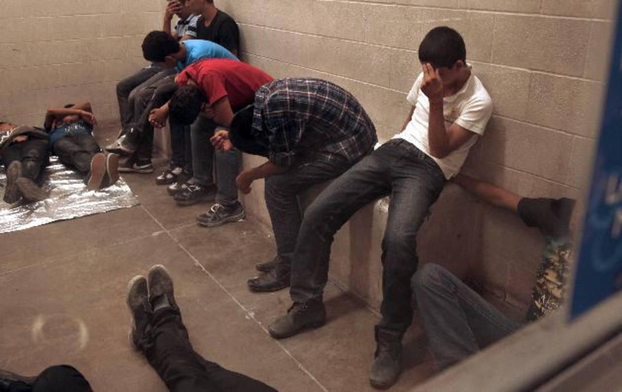 En los últimos meses, aumentó la migración infantil de El Salvador, Guatemala y Honduras hacia EE. UU.. Los menores esperan en albergues mientras resuelven sus casos. foto edh /archivo