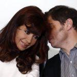 Cristina Fernández está en una encrucijada económica. Aquí junto a su ministro Axel Kicillof.