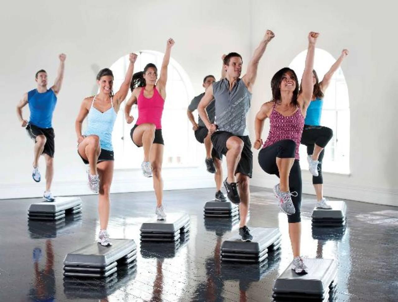 Los carbohidratos de lenta absorción ayudan a mantener los niveles de glucosa durante el ejercicio y a reemplazar el glucógeno del músculo.