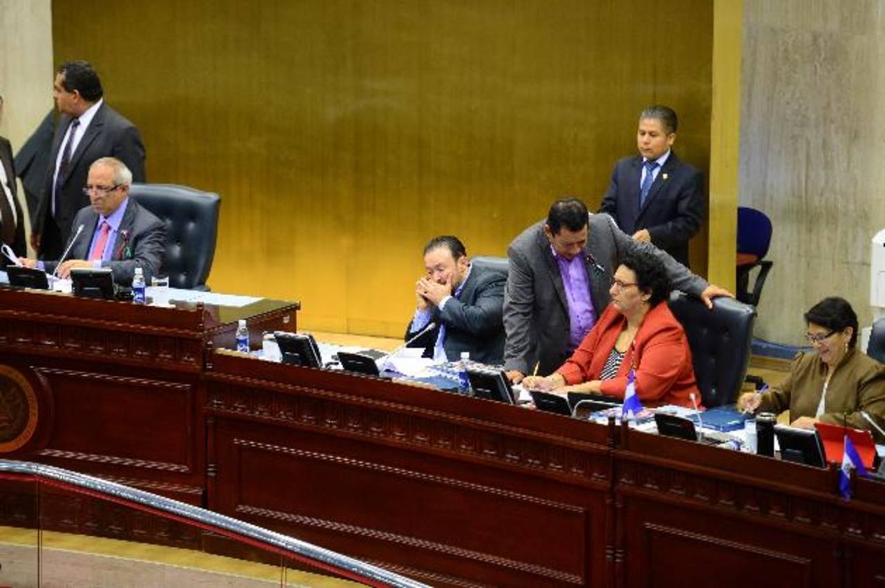 La reforma fiscal se aprobó durante la plenaria que se extendió hasta la madrugada del jueves.
