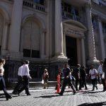 Argentina busca una salida a la cesación parcial de pagos que enfrenta desde el pasado 31 de julio.