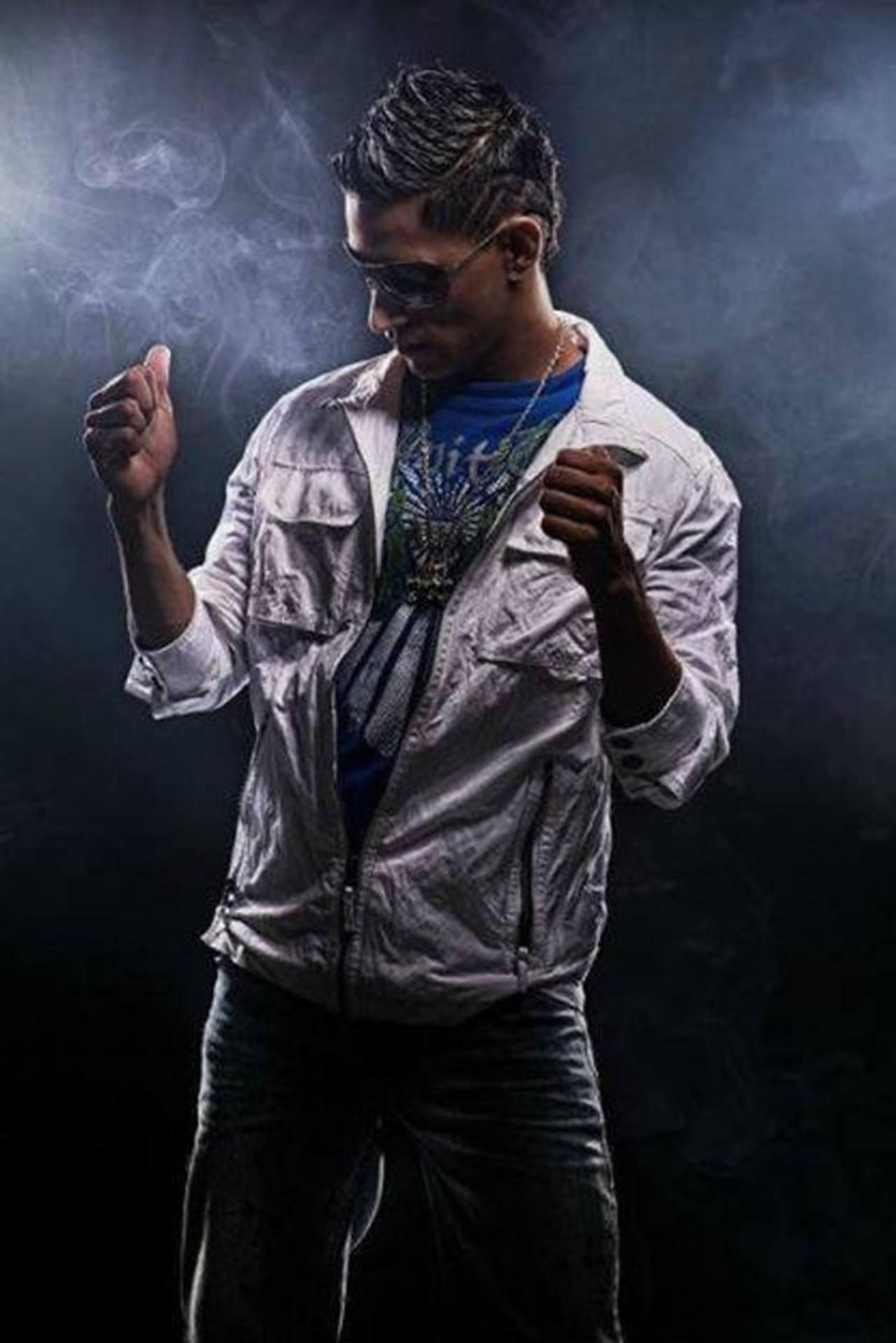 """El artista reggaetonero, quien se hizo popular en 2010 por su canción """"El abandonado"""", está preparando su tercera producción discográfica. Foto Cortesía The King Flyp"""