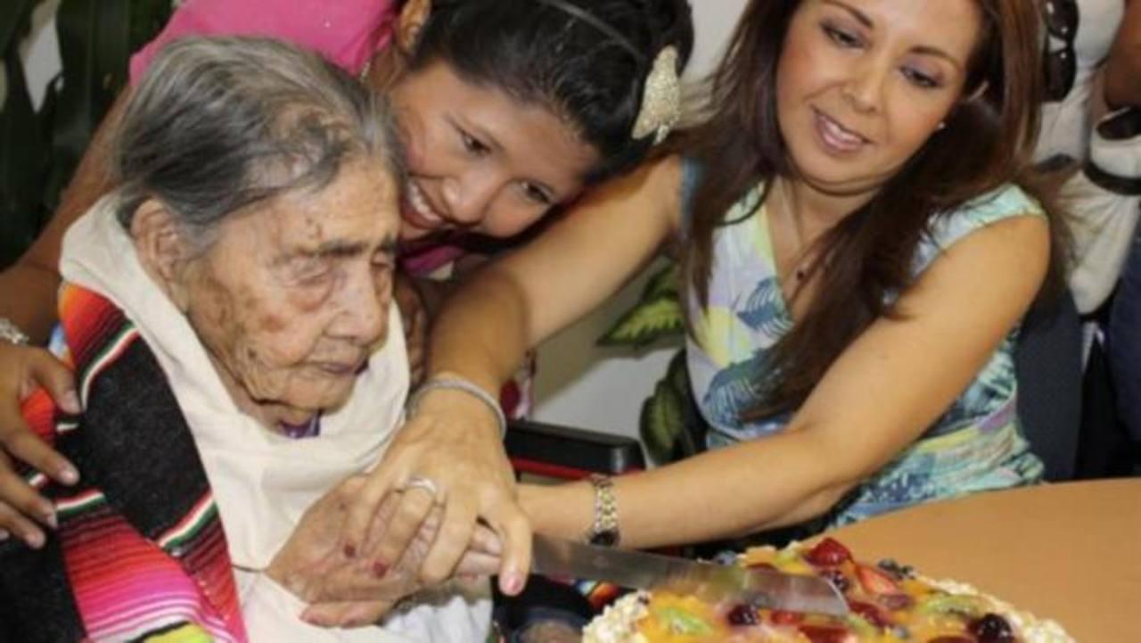 Sueño, apetito y cariño, secretos de una mexicana para llegar a los 127 años