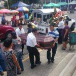 Entierran a enfermera asesinada en Cojutepeque