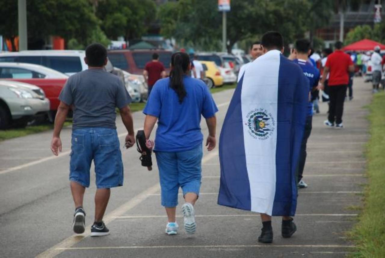 Obama estudia plan para ampliar la inmigración legal a EEUU