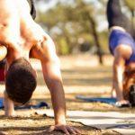 Seis razones por las que usted debería hacer yoga